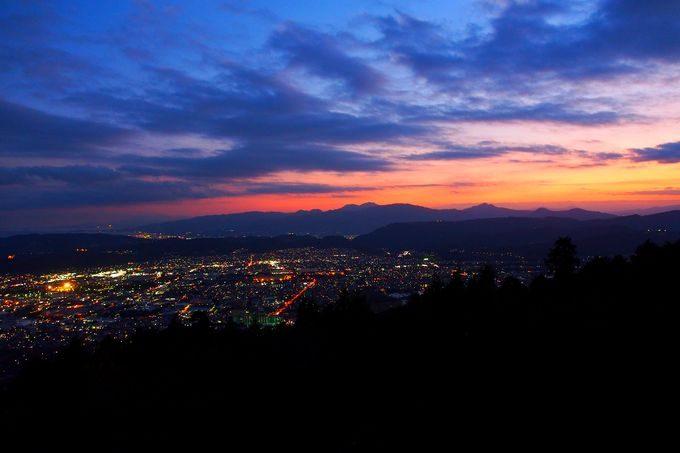 秦野市街の夜景