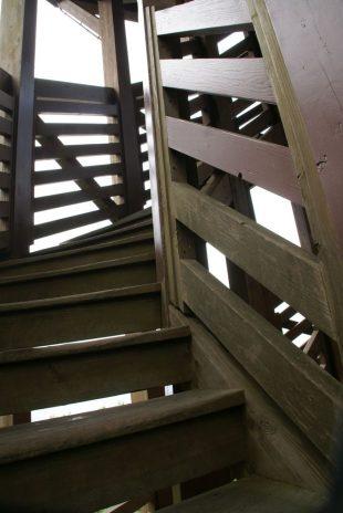 展望台の階段
