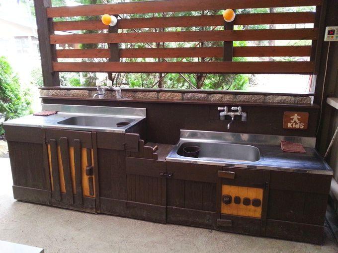 屋根付き野外BBQ場の炊事場