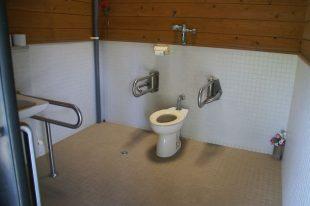稲ヶ崎キャンプ場 トイレ3