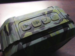 Omaker M4 スピーカーのボタン