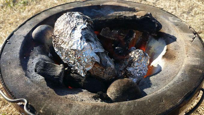 七輪でオイシックスの焼き芋