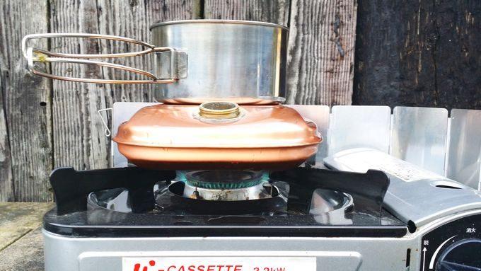 新光金属 純銅製 湯たんぽ 小(1.2L)を直火で温める