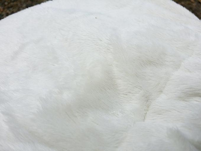 尾上製作所の萬年トタン湯たんぽ 袋の質感