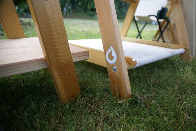 キャンプステンシル(キャンステ)で自作ラックの脚にロゴを刻む