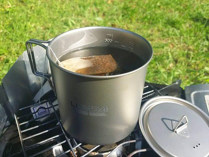 Lixadaシングルチタンマグカップ(650ml)は紅茶を煎れるのにちょうど良い