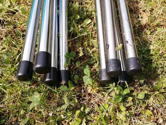 MAGNA(マグナ)と(UNIFRAME)ユニフレームのファイアグリルを比較 MAGNA(マグナ)と(UNIFRAME)ユニフレームのファイアグリルを比較 脚のキャップ