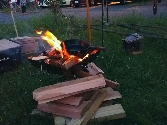 キャンピカ富士ぐりんぱで焚き火