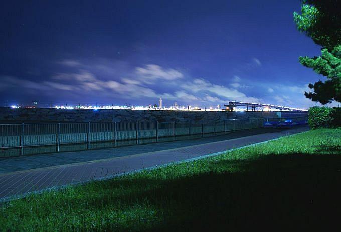 城南島海浜公園から望む羽田空港