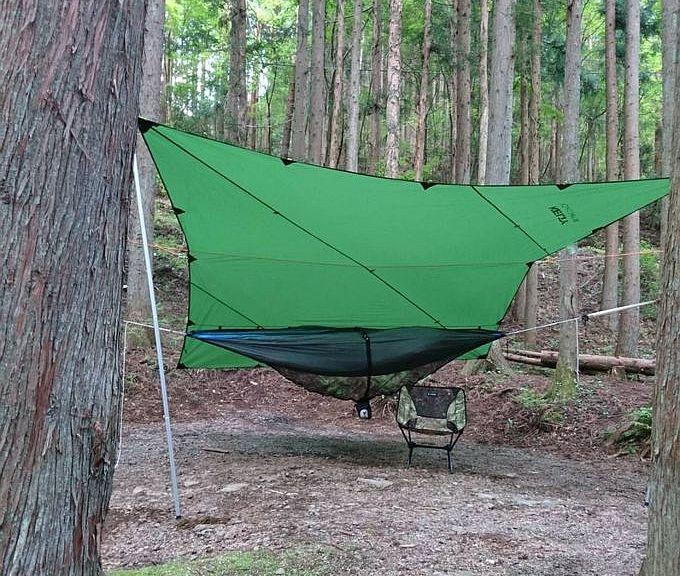 タープ泊のキャンプ