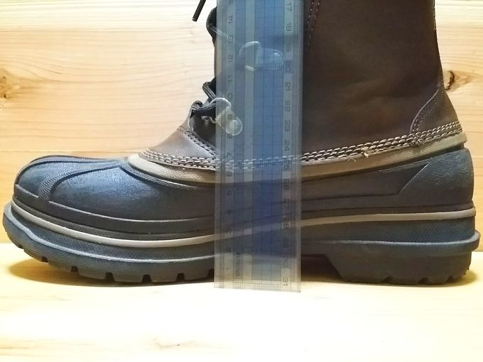 オールキャスト 2 ブーツ は地面から6.5cmまで完全防水