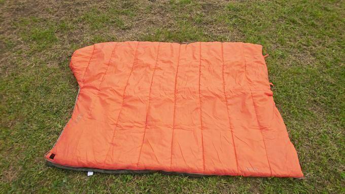 Snugpak(スナグパック) 寝袋 スリーパーエクスペディション スクエア ライトハンド を開いた状態(掛け布団)