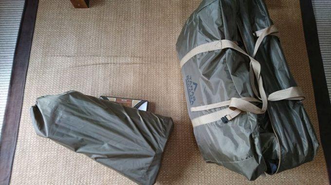 タラスブルバのキャタピラー2ルームシェルター6PとDODのカマボコテントはテントとポールを分けて持ち運ぶと良い