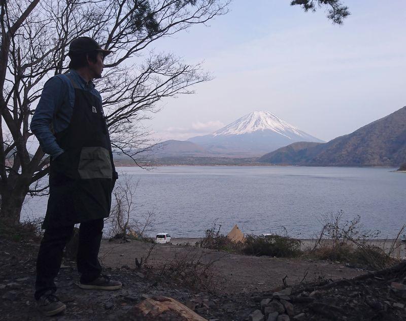 GRN HIASOBI CAMPER APRON (火遊びキャンパーエプロン)と富士山