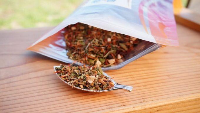 エンハーブ(enherb)のハーブティー「最強のアタシ」の茶葉