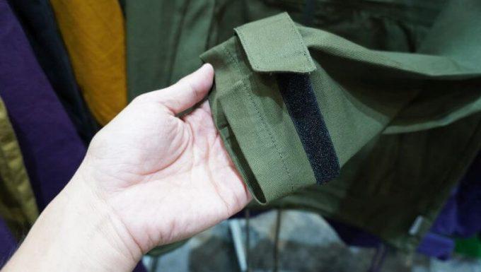 ワークマンのフルジップコットンパーカーの袖口