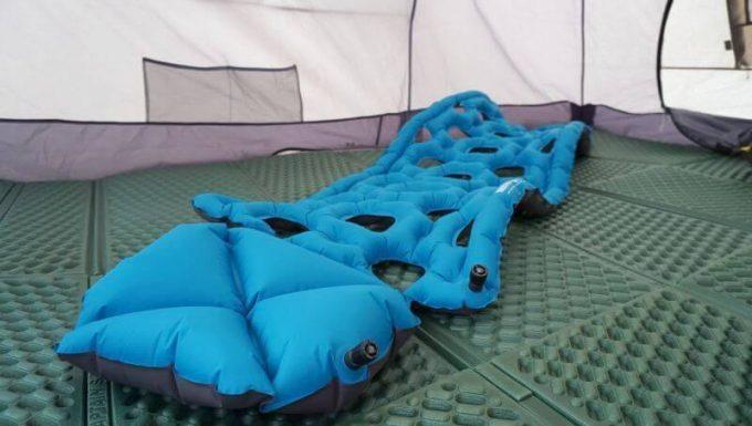 クライミット イナーシャ オゾン の写真(枕部分)