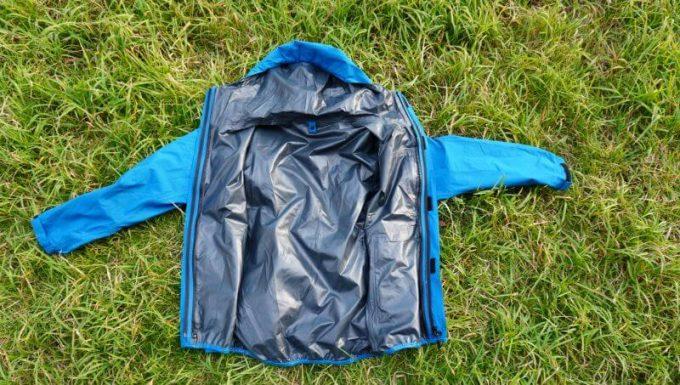 ワークマンの3in1(スリーインワン)防水防寒ジャケットのみで使用