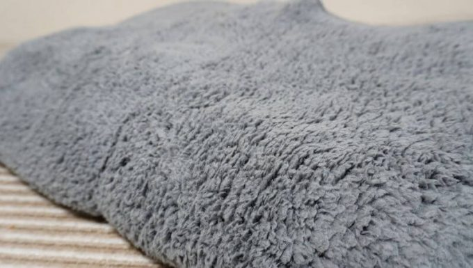 REINシープボア毛布の質感