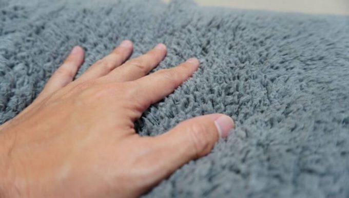 REINのボア毛布の触り心地