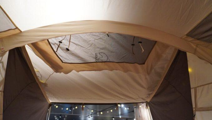 ノルディスク レイサ6レガシーのフロントパネルのフロントパネルのメッシュ窓
