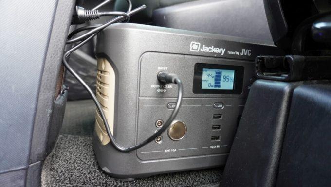 JACKERY×JVC BN-RB05-Cをカーチャージャーで充電