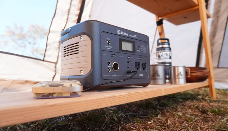 JACKERY×JVC BN-RB05-Cをテント内で使う