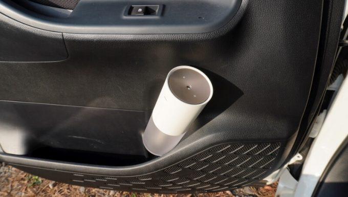 車(VOXY)のドリンクホルダー(ドアサイド)にLUMENA加湿器(H2)は入らない