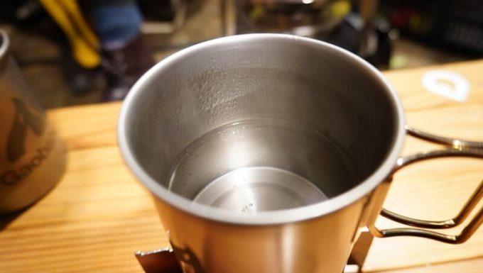キャンロ(can+ro)でお湯を沸かす