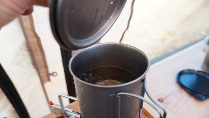 Oceanrich Plus+でコーヒーを淹れる手順(お湯が沸いた)