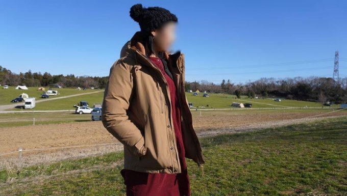 grn(ジーアールエヌ)ダウンジャケットをレディース(女性)が着る