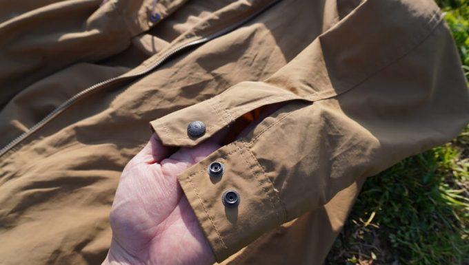 ジーアールエヌ(grn) マリンパーカーの袖