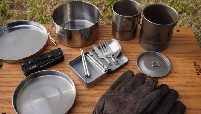 キャンプの食器とOutlery食器セット