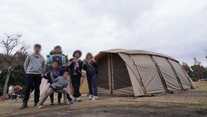 キャンプおじさんと集合写真