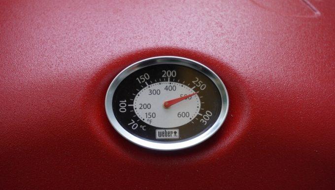 Weberガスグリル(Q1250)の片付け 空焼き