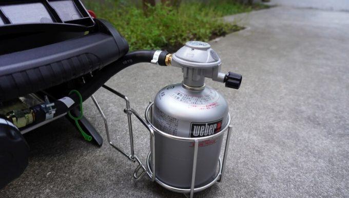 Weberガスグリル(Q1250)にガスを取り付ける手順2