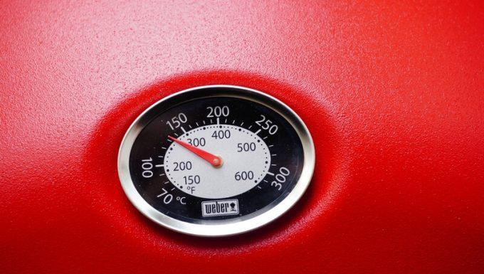 Weberガスグリル(Q1250)の温度計