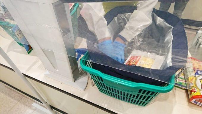 フェリシモ はまじ保冷素材レジかごトートの使い方 店員さんに入れてもらう