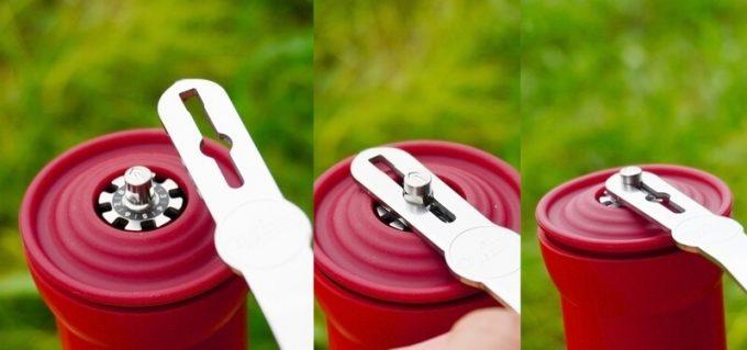 カフラーノのコーヒーミル(クラインダー) ハンドルをセット