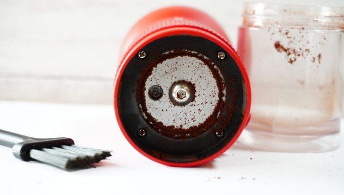カフラーノのコーヒーミル(クラインダー)を使った汚れ