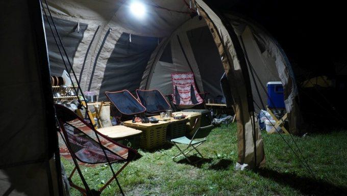ルーメナー2の明るさ 大型テント内2