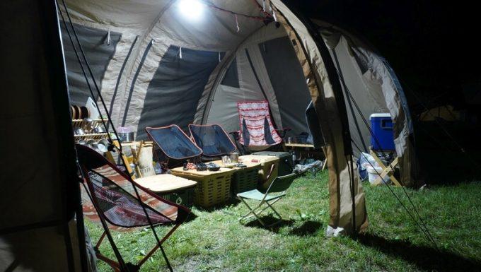 ルーメナープラスの明るさ 大型テント内2