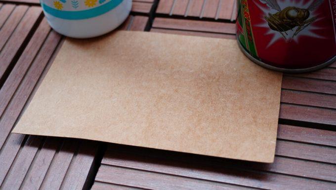 水性と油性の殺虫剤は紙に残らない