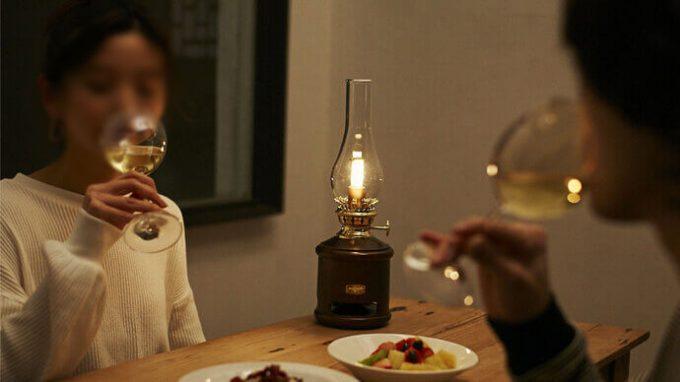 アラジン ランタンスピーカを食卓で使う
