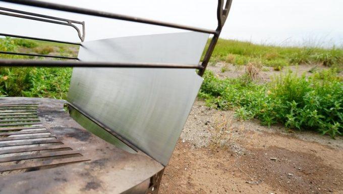 MAAGS焚火台ラプカへ風防を取り付ける 横
