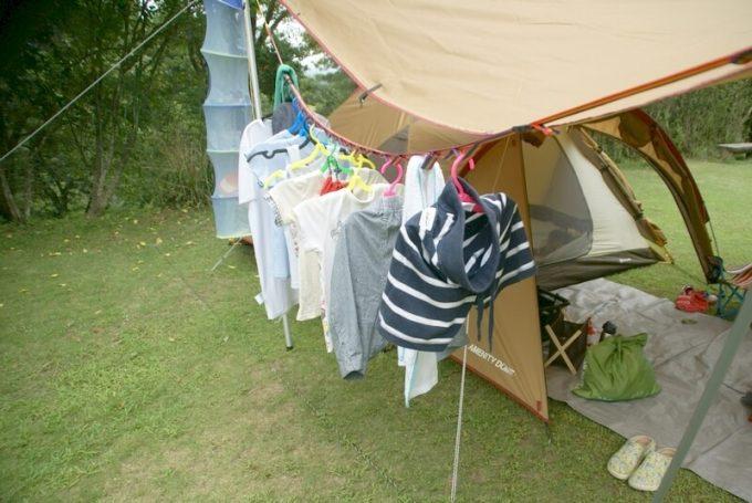 夏キャンプ服装汗をかいたらこまめに着替えて干す