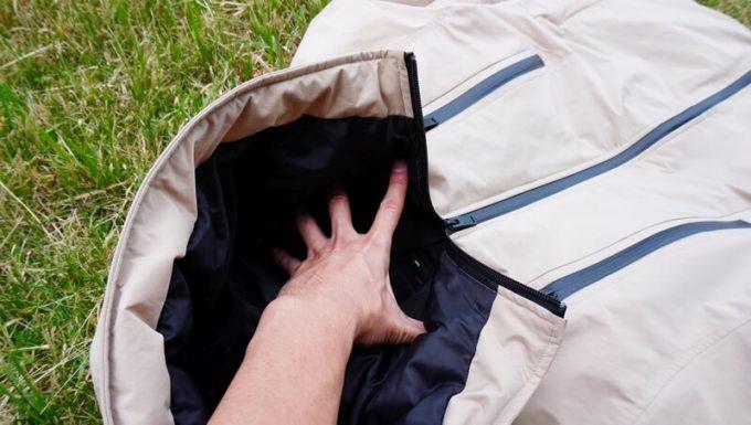 リロア ダウンジャケットの首周りのサイズ