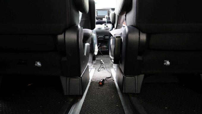 ブルーティ(BLUETTI)AC200のシガーソケットケーブルの長さ