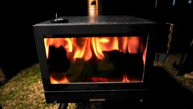 薪ストーブ BLISSのオーロラの炎