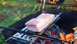 ラプカで豚ブロック肉を焼く